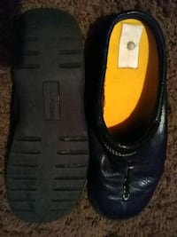 pair of black leather shoes Midvale, 84047