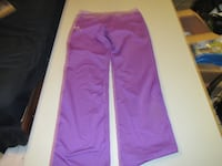 Girls Purple Under Armour Pants Size XL Worn once Fort Saskatchewan