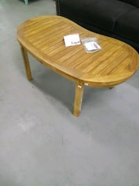 New solid wood coffee table  Martinsburg, 25401