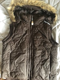 Firefly Vest size Small XS? Removable hood great shape versatile!! Springwater, L9X 0P8