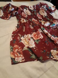 Off the shoulder flower print top Montreal, H2P