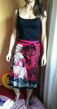 Gonna Desigual con pizzo