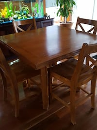 brown 6-piece dining set Québec, J5R 0E6
