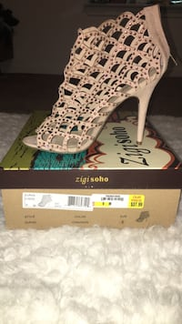 Worn Only Once Size 9 Woman Heels Chattanooga, 37343