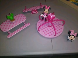 Minnie Mouse picnic and playground set