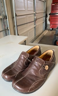 Slip on shoes made by Clarks 9 1/2 wide Front Royal, 22630