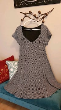Pretty Polka Dot Plus Size Dress (size 14) Noblesville, 46062