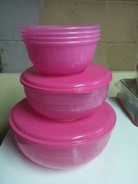 pink plastic containers and lids