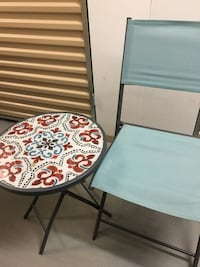 Small table and chairs Las Vegas, 89183