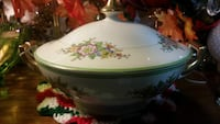 Handpainted porcelain covered serving dish Granbury, 76048
