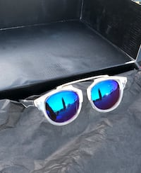 silver framed blue lens sunglasses Lakewood, 90712