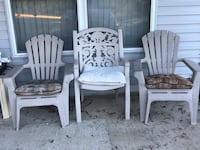 Outdoor chair set with pillows Jefferson City, 65109