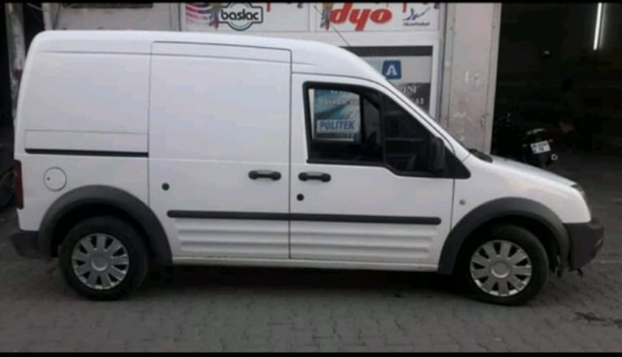 2010 - Ford - Transit Connect 2