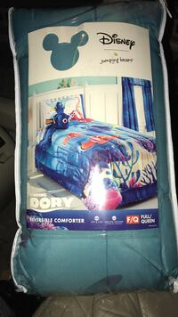 Disney Finding Dory theme reversible comforter package