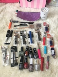 assorted nail polish bottles with boxes Vallejo, 94591