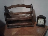 Brown wooden magazine rack with clock. Negotiable  Lockport, 70374