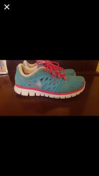 Blue pink and white nike running shoes Phoenix, 85042