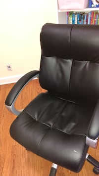 Office chair Arlington, 22207