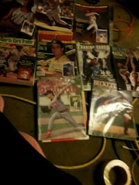 Sports cards in magizes Fontana, 92335