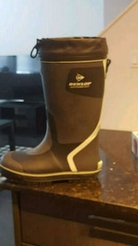 Dunlop rain boots with screw in metal frips 3729 km