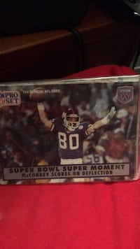 8 Football card pack Minot, 58701