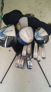 Set of golf clubs(irons, wedges, woods)w/bag Vancouver, V6B