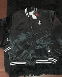 NEW W. TAGS• Official Canadian Outfitter Jackets LG & XL 533 km