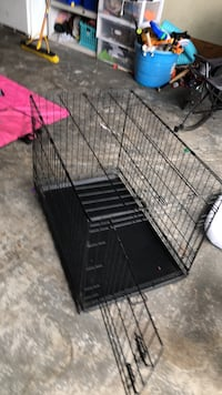 black metal folding dog crate Ashburn, 20148