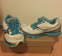 Saucony Running Shoes - Size 6  Mississauga, L5N 6G4