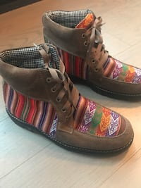 Hand Made Peruvian / Incan Textile Boots Size 10 New York, 11211