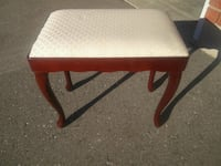 Vintage wooden stool $20 Cambridge, N1T 1K9