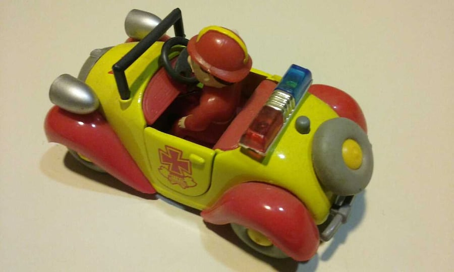 Wined Up Fireman And Spotted Puppy Cars 14655010-24d9-4688-adbd-c5e9dca30a10