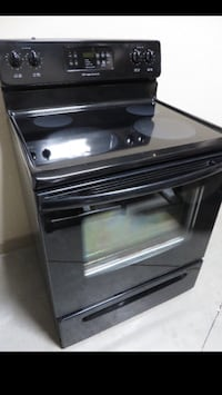 Frigidaire Smooth Top Stove, Good Condition