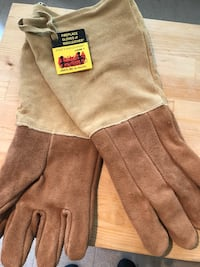 Fireplace Gloves- NEW West Haven, 06516