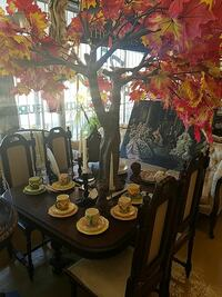 French Dining Table w/ 4 Chairs
