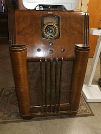 Antique Radio Philco 1940 à lampe Montreal