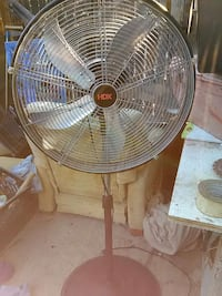 Used gray HDX stand fan for sale in Mesa - letgo
