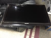 """Samsung 32 Inch TV 32""""80 comes with Stand Toronto, M5H 0B1"""