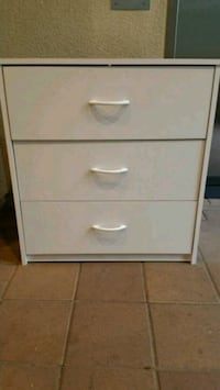 white wooden 3-drawer chest Irvine, 92618