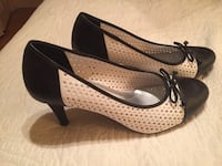 Shoes brand new size 9.5 black and white pumps Hamilton, L8P 4N3