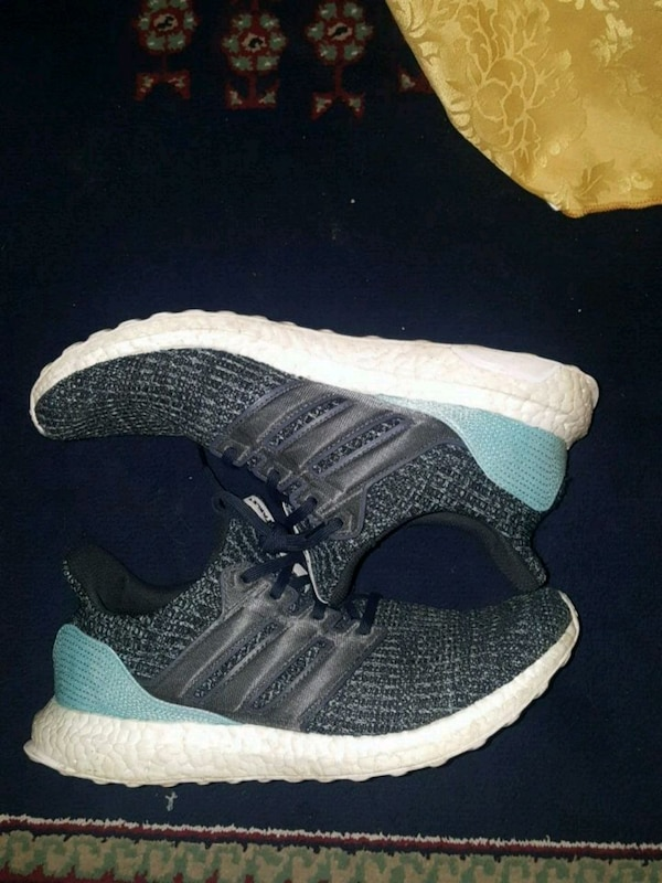 91e622462fde Used Adidas ultraboost parley. Size 10 for sale in Mississauga - letgo