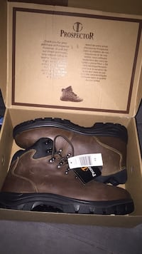 Boots men  Vaughan, L4L 3J4