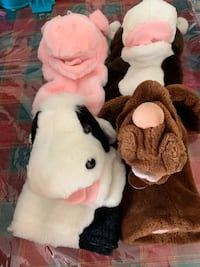 Lot of plush puppets Toronto, M1P 2P9