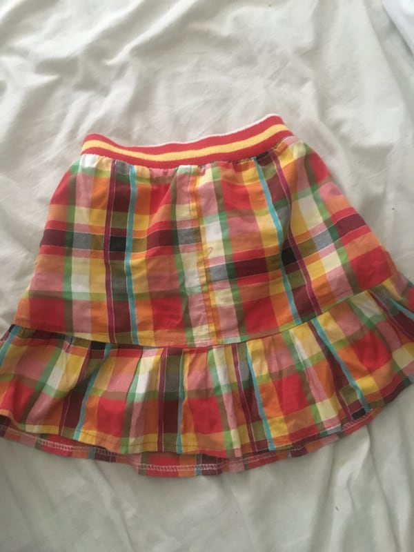 Size 4-6 years girl Skirt bc3f4a75-ee09-4f63-824c-03d522317538