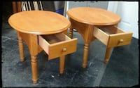Solid Oak Pair of Nightstands / End Tables / Oval  Nashua, 03062