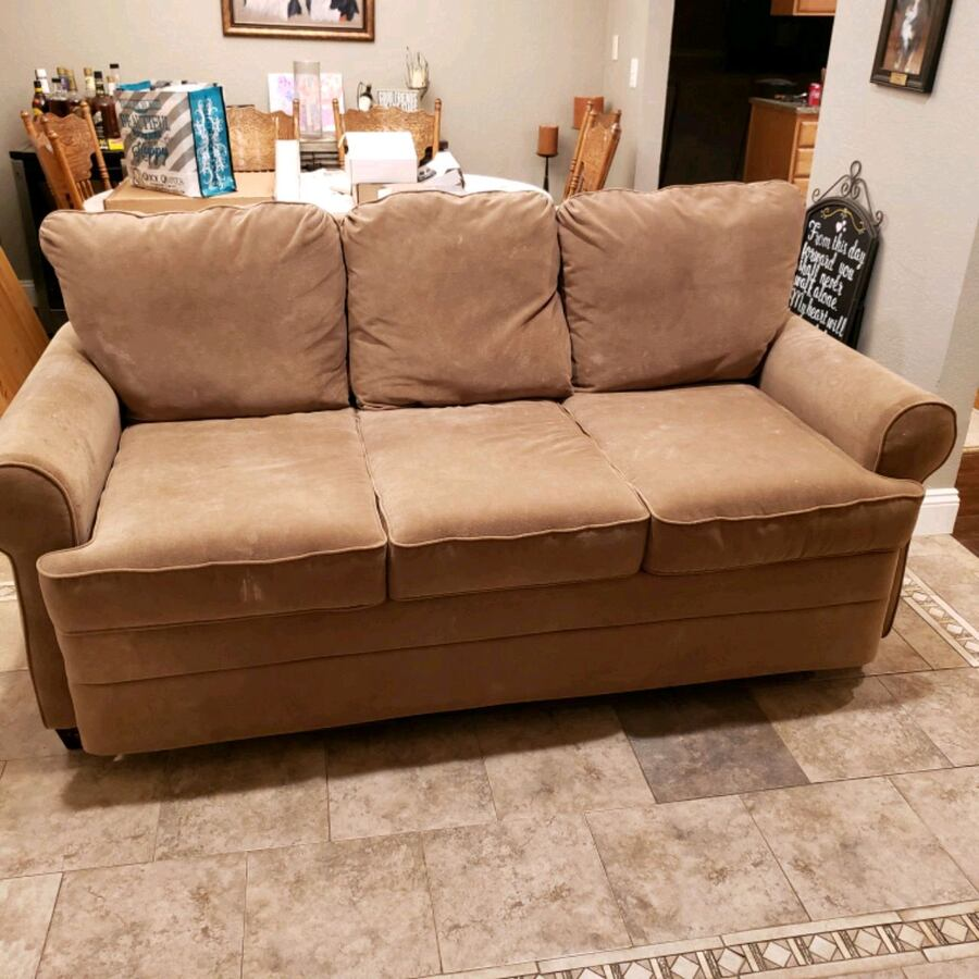 3 Seater Couch/Bed
