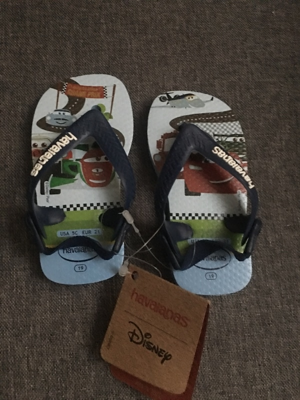 a06b054a5 Used Disney Havaianas flip flops size 5c for sale in Trumbull - letgo