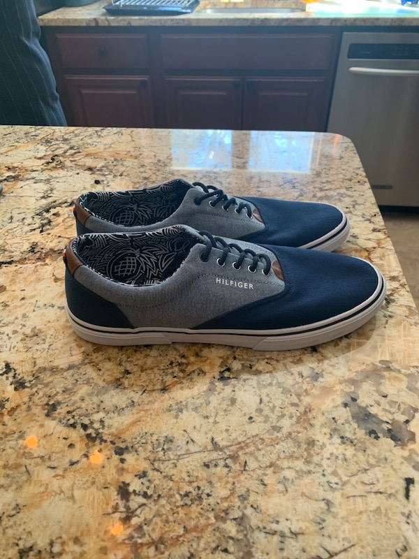 9eb31fa289b3 Used Brand New Tommy Hilfiger Loafers for sale in Wayne - letgo