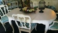 ANTIQUE TABLE AND 4 CHAIRS. St. Charles, 60175