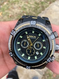 INVICTA RESERVE MEN'S BLACK/GOLD WATCH Clinton